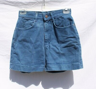 Lee, vintage high-waisted turquoise jean shorts, Size 7 Med (XS/S)