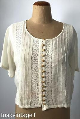 VINTAGE INDIAN cream floral lace pinch pleat COTTON wooden buttons cropped top L
