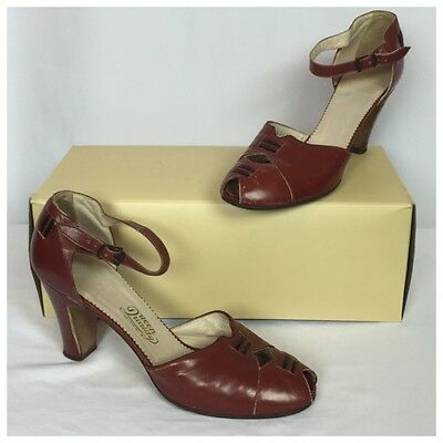 Vintage 1940's Brown Leather Strappy Spectator Oxford Flapper Heels. 6/7 NARROW