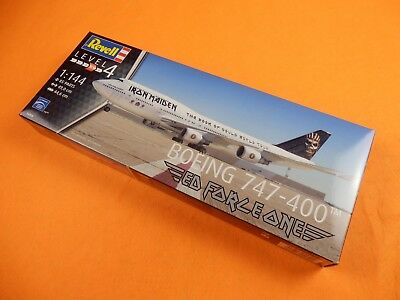 Revell® 04950 Boeing 747-400 Ed Force One Iron Maiden / Maßstab 1:144