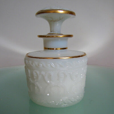 FLACON à PARFUM OPALINE XIX° BACCARAT ANTIQUE FRENCH MILK GLASS PERFUME BOTTLE