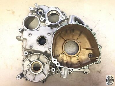2001 Honda Goldwing Gl1800  Rear Case Engine Differential Housing Oem
