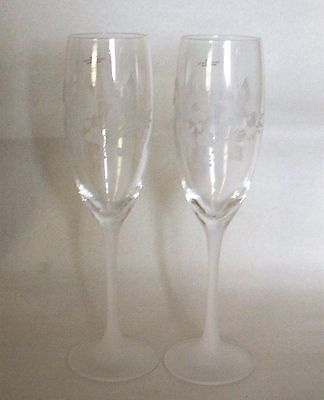Set Of 2 Avon 24% Lead Crystal Etched Hummingbird Stemware Flutes - New In Box