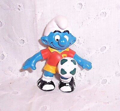 "Smurf Soccer # 10 - 2"" Figurine =  Collectible  - Germany"
