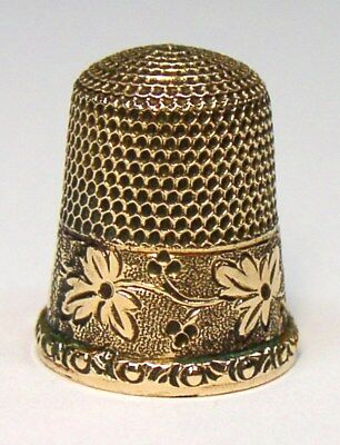 Antique American Gold Thimble Leaf & Berry Pattern Leaf In Circle Maker's Mark
