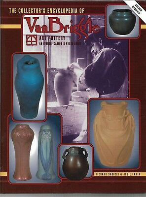 Collector's Encyclopedia of Van Briggle Art Pottery HB w/out dj-1995-143 pgs.