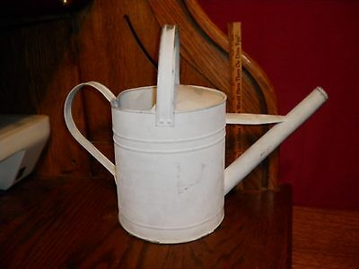 Vintage Galvanized Metal Watering Can Garden / Yard Decor 6 Quart