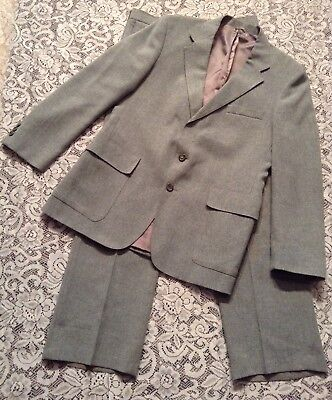 Men's Vintage Levis menwear Gray Action Suit jacket/slacks fully lined Size 42 R