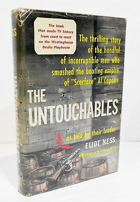 THE UNTOUCHABLES by ELIOT NESS HCDJ 1961 - CHICAGO HISTORY / CRIME