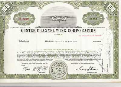 Custer Channes Wing Corp., 1960s, oliv