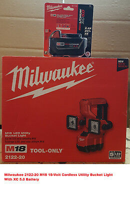 Milwaukee 2122-20 M18 18-Volt Cordless Utility Bucket Light With XC 5.0 Battery