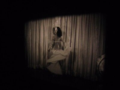 16mm ....1950s.....b/w..Risque,Stag,Burlesque,Models,Pinups..# 165..SOUND