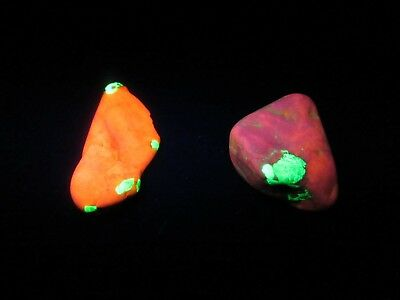 WILLEMITE & CALCITE - S.W. Fluorescent  17g Sterling Hill New Jersey USA   NICE