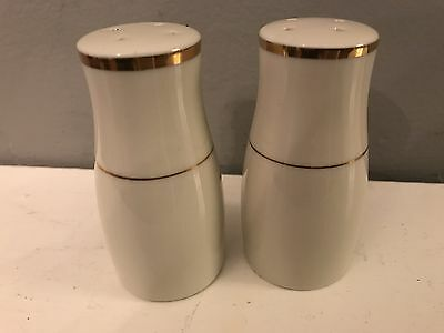Beige Porcelain China Salt & Pepper Shakers With Gold Trim, Made In Japan