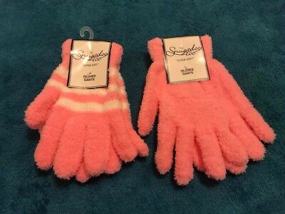 NEW 2 Pairs Unisex One Size Super Soft Gloves by Snugadoo Too Pink