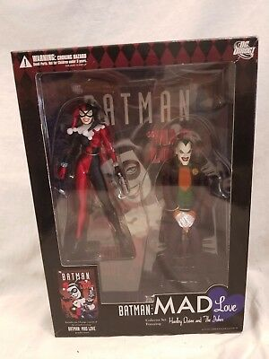 BATMAN MAD LOVE COLLECTOR SET: HARLEY QUINN & JOKER FIGURES W/ COMIC Statue Bust