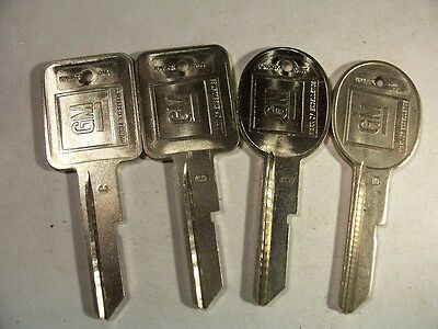 2 Sets  Oem  C & D  Gm    1971 - 1986 Key Blank  With Knockout In Plase  Uncut