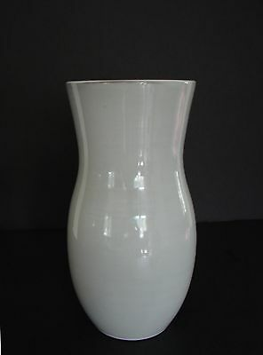 Hand Thrown EUROPEAN Studio FRIS Pottery VASE Made in Holland #7008 ca.Mid.20thC