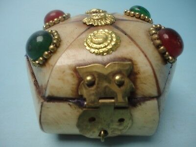 Collection Ornaments Chinese Tibet Old Hand Carved Mosaic Jewelry Box Decoration