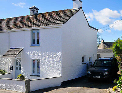 Self Catering Holiday Cottage, sleeps 4, parking, near Falmouth,.£60 per night.