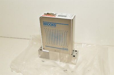 Brooks Instrument N2 860 Sccm GF125CXXC thermal mass flow controller meter MFC