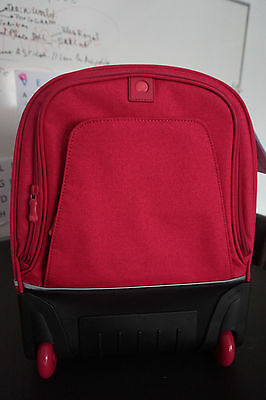 Cartable Delsey NEUF - couleur rose Fuchsia