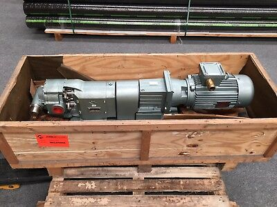 Talleres Pujol Pump head with a Lenze Gear Box and  400/3P/50 Motor Cemp Motor