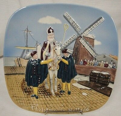 John Beswick Limited Royal Doulton Group Christmas In Holland 1976 Plate