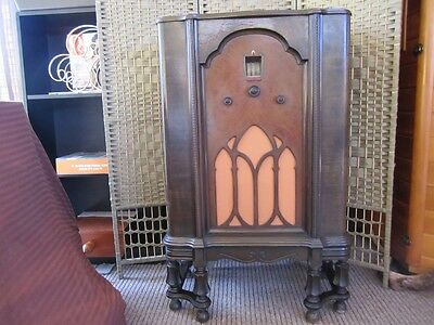 Antique Valve Radio -- Stromberg Carlson`- 1927-30 - Model G 33 Twin Speakers