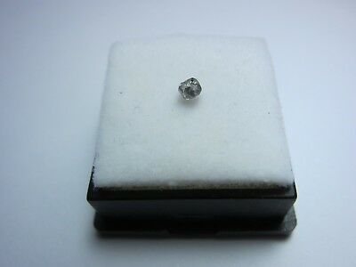 Aussie DIAMOND - Argyle Mine, Lake Argyle Western Australia 3x2mm 04  NICE!!