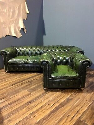 Lovely Twice Loved Leather Chesterfield 4 Seat Sofa & Chair - Rich Forest Green