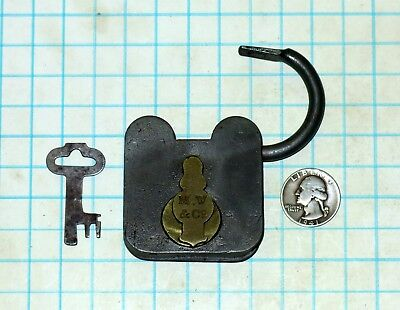 Vtg Antique Square M.W.&Co Treasure Chest Smokehouse Padlock Lock & Skeleton Key