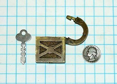 Vtg Antique Slaymaker Barry Lock Co Ornate Embossed Warded Brass Padlock and Key