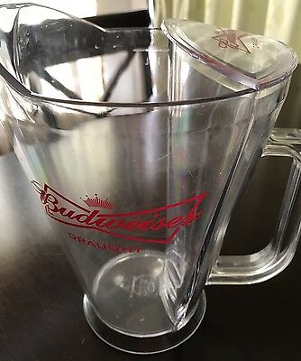Budweiser Draft Beer Pitcher Clear Glass 46 oz With Build In Ice Pocket. NWB