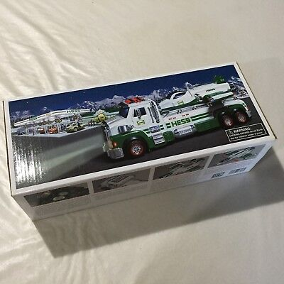 2014 Hess Toy Truck and Space Cruiser NIB