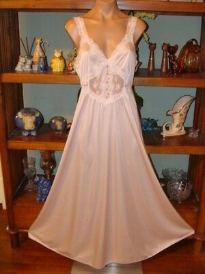 """Ladies/Womens Vintage Shadowline Long Nylon Nightgown - Bust to 36"""" -Dusty Pink"""