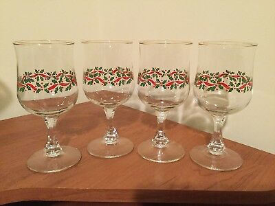 Set Of Four Arbys Holly Berry Christmas Wine Glasses By Libby