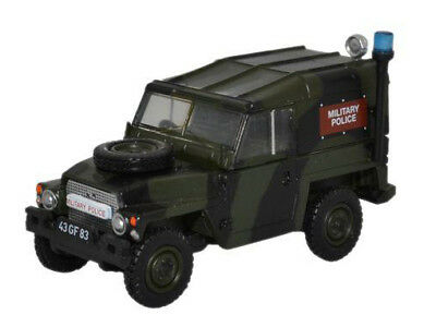 Oxford 76LRL002 00 PKW Land Rover 1/2t lightweight Military Police