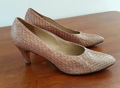 Vintage 80s FOOTREST Leather BEIGE Snake Skin MILANO Office Court Shoes size 9 A