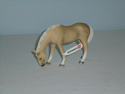 """New~W/tags Schleich Brand 2011 Cream Color 5"""" Long Horse(D-73527)!!"""