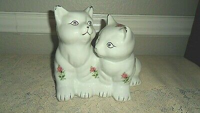 Goldinger & Co Antique Reflections White 2 Cat / Kitten Figurine Red Pink Roses