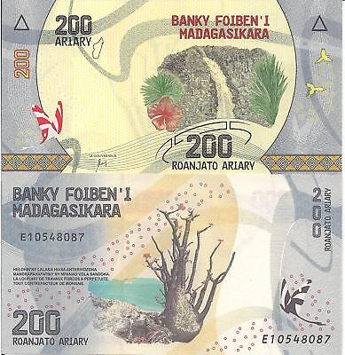 MADAGASCAR 200 Ariary Banknote World Paper Money Currency Pick p-NEW 2017 Tree