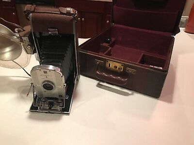 Polaroid Land Camera Model 95- With  Case, Flash, And Instructions!