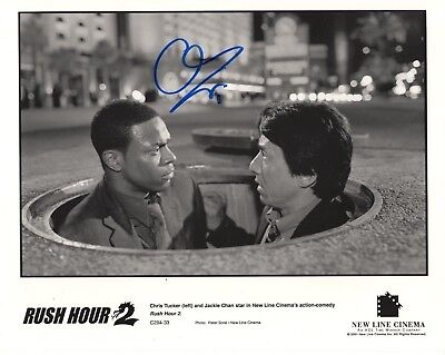 CHRIS TUCKER HAND SIGNED 8x10 PHOTO     GREAT POSE WITH JACKIE CHAN    RUSH HOUR