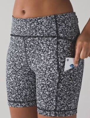 New Lululemon Sole Training Short - Size 2