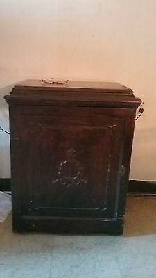 Singer Treadle Sewing Machine Antique Parlor Drawing Room Cabinet 1920 G8128844