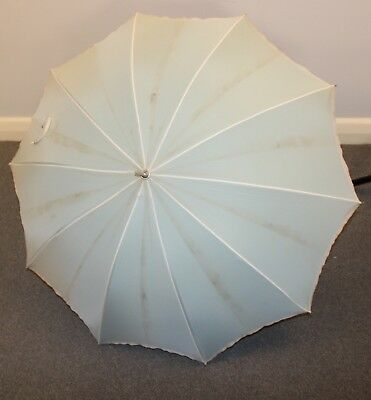 WHITE & GREEN ORIGINAL VINTAGE 1960s UMBRELLA.