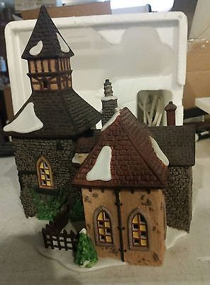 DEPARTMENT 56 Dickens' Village Series The Olde Camden Town Church Building