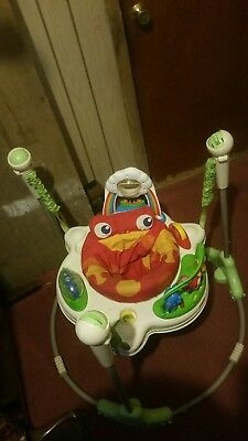 Rainforest  Jumperoo Spinning Seat Jumping Rattling Baby See All Around Standing