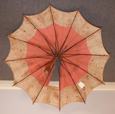 1930s ORIGINAL VINTAGE SUN UMBRELLA. AS IS CONDITION.